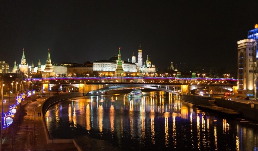 ОГНИ ВЕЧЕРНЕЙ МОСКВЫ.  Музейно-экскурсионный тур по вечерней Москве